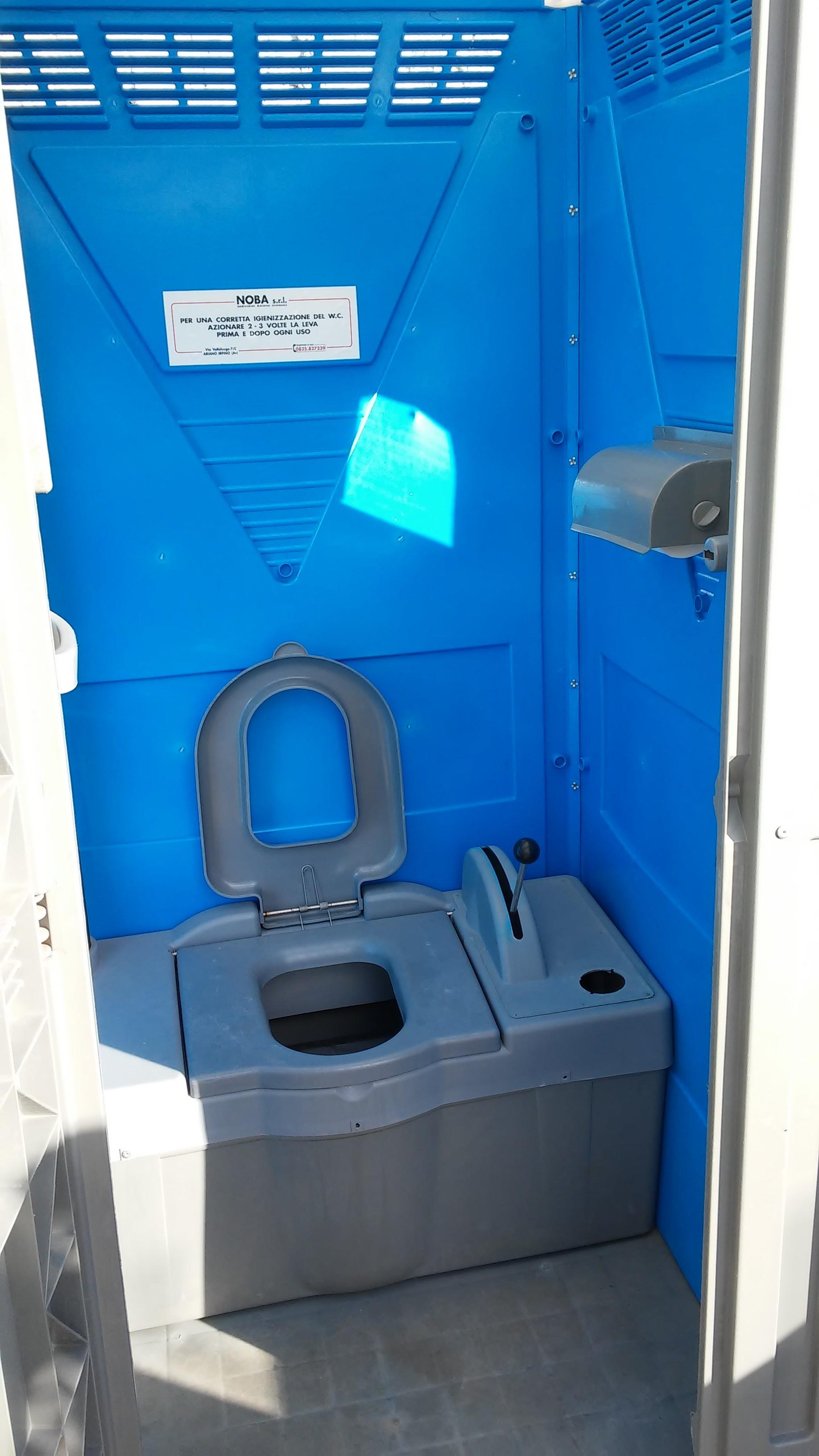 Prezzi produzione noleggio bagni mobili chimici wc per disabili - Bagni chimici noleggio ...
